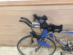 """Specialized Road Bike 42"""". Very good condition. Loaded. $800. for Sale in Davie, FL"""