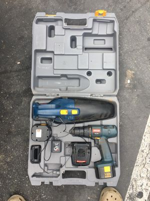 12v Ryobi drill and vacuum set for Sale in Poway, CA