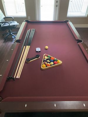 Bordeaux pool table. Great shape. for Sale in Land O' Lakes, FL