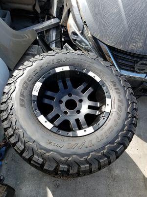 Set of 3 tires bfg Ko2 lt 285 70 r17. for Sale in Norwalk, CA