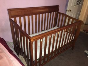 Graco baby crib for Sale in Compton, CA