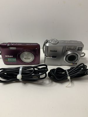 Two digital cameras for Sale in Davenport, FL