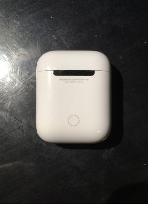 AirPods charging case for Sale in Tulsa, OK