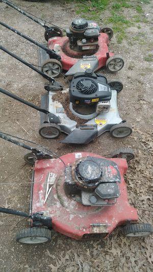 3 running push mowers for Sale in Kansas City, KS