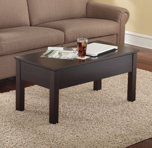 Top-lift Coffee Table for Sale in Baltimore, MD