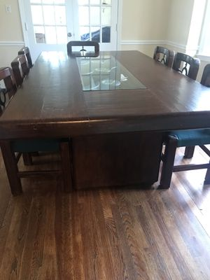 Rustic Solid wood dining room table for Sale in Rockville, MD