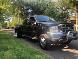 2001 Ford F-350 lariat crew cab dually diesel 7.3 4X4 for Sale in Portland, OR