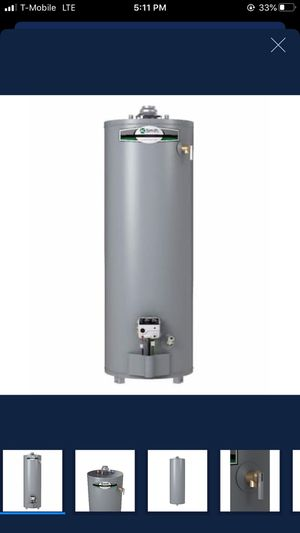 A.O. Smith Signature 30-Gallon Tall Natural Gas Water Heater for Sale in Los Angeles, CA