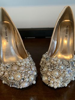 Never Worn Madden Girl Nude Heels Adorned With Crystals And Pearls for Sale in Raleigh,  NC