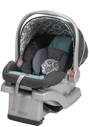 Graco SnugRide Click Connect car seat and base for Sale in Fremont, CA