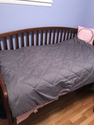 Daybed two piece upper bed lower bed for Sale in Milwaukee, WI