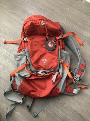 Mountain Hardwear Fluid 24 Backpack like new for Sale in Anaheim, CA