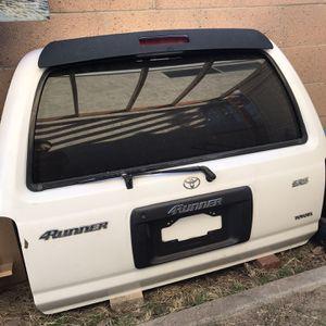 Toyota 4Runner Door. Lift Gate. for Sale in Santa Ana, CA