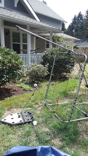 Swing-Away baseball trainer for Sale in Aloha, OR