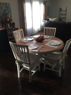 Breakfast table for Sale in Clearwater, FL