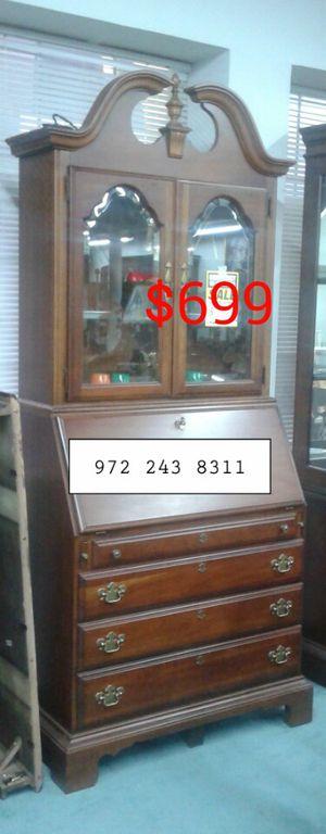 Secretary Desk for Sale in Dallas, TX