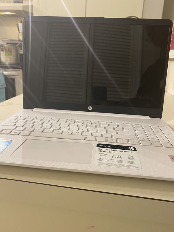 HP Notebook 15-dy1039nr (like New)