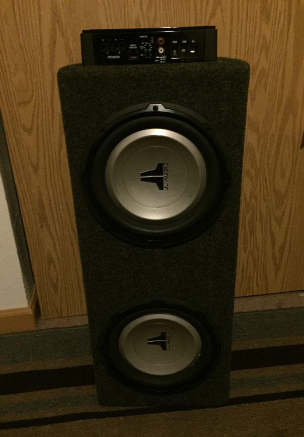 Amplifiier and speaker