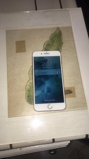iPhone 8, 64 gig any career, no scratch $550 obo. for Sale in Murrieta, CA