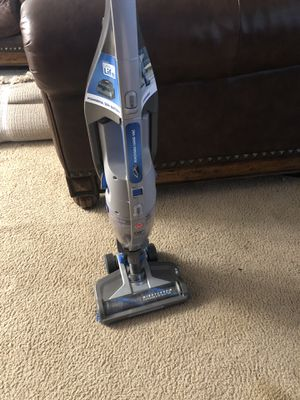 Hoover Cordless Vacuum Cleaner for Sale in Tacoma, WA