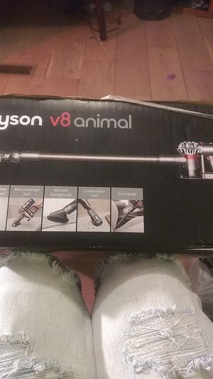 Dyson V8 animal (cord-free) for Sale in Gaston, SC
