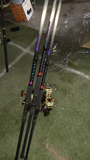Fishing poles with reels,8,10,11, for Sale in Hayward, CA