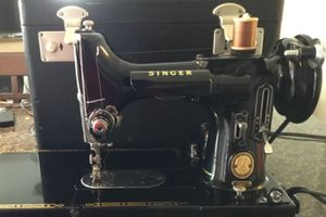 1956 SINGER for Sale in Tampa, FL