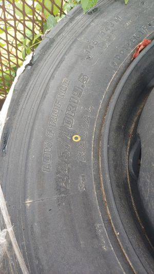 4-285/70/19.5 trailer tires 10 lug rims for Sale in Fort Belvoir, VA