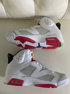 BRAND NEW JORDAN 6 HARE 2020 SIZE 13 IN HAND for Sale in Grove City, OH