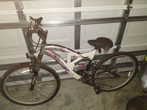 Shimano mountain bike for Sale in Auburndale, FL