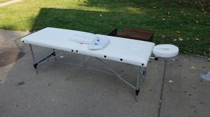 """NEW 72""""L Portable Massage Table w/ Free Carry Case for Sale in Kansas City, MO"""
