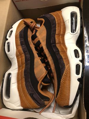 Nike Air Max 95 Premium Womans Size 5.5 for Sale in Los Angeles, CA