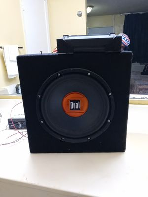 Dual 20inch sub wolfer for Sale in Fort Worth, TX