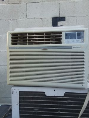 Daewood ac for Sale in Canoga Park, CA