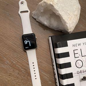 42 mm Apple Watch Series 2 for Sale in Vista, CA