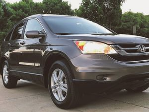 FOR SALE SILVER COLOR 2010 HONDA CRV WELL MAINTAINE for Sale in Chicago, IL