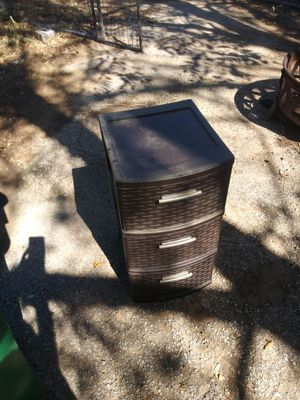 Plastic container what Three drawers for Sale in Kennedale, TX