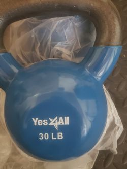 30 Lb Kettlebell(s) for Sale in Fontana,  CA