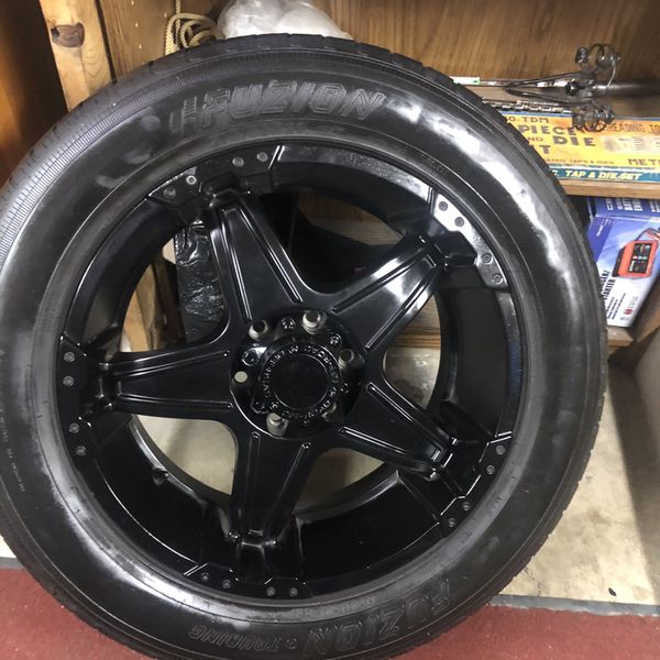 Chevy Tahoe Tires 275/ 55 r 20