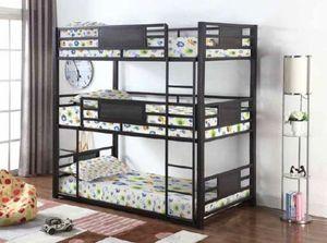 Triple bunk bed twin for Sale in Hialeah, FL
