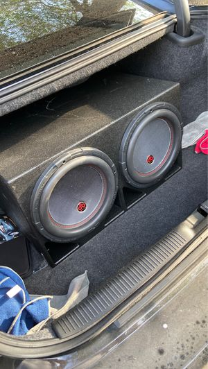 2 12's DB DRIVE PTW12D4 for Sale in Fairview, TX