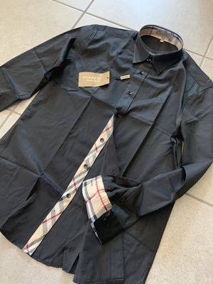 Brand New Men's Burberry Black Button up shirt Size L Large for Sale in Queen Creek, AZ