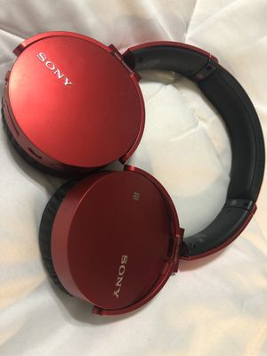 Sony MDRXB650BT/B Extra Bass Bluetooth Headphones for Sale in Houston, TX