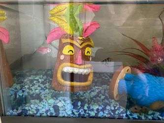 Large Fish Tank for Sale in Jurupa Valley,  CA