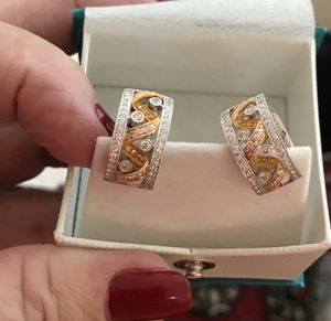 Simon G two tone 18k solid rose- white gold earrings. for Sale in Beverly Hills, CA