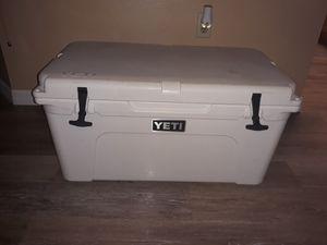 YETI COOLER for Sale in Punta Gorda, FL