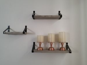Small wall shelves. 15 for Sale in North Miami Beach, FL