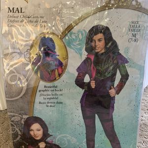 Disney Descendants costume for Sale in Chula Vista, CA