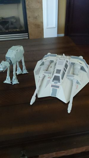 Snowspeeder and at-at walker models for Sale in Tacoma, WA
