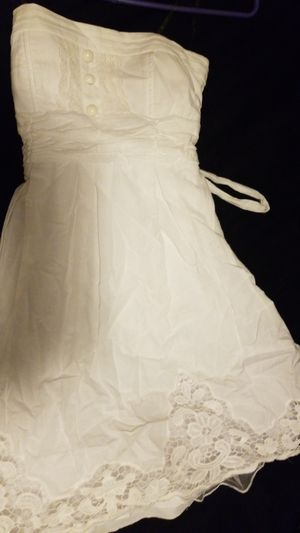 White short dress for Sale in Chicago, IL